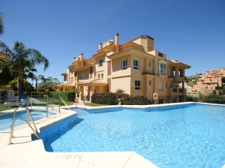 1964 - 2 bed apartment, Princess Park, Calahonda, Mijas Costa