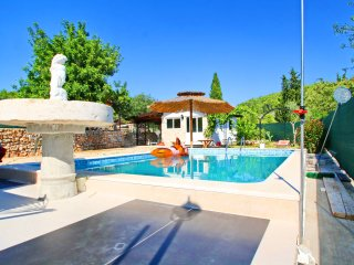 Holiday Home Marko-One Bedroom Holiday Home with Pool and Patio