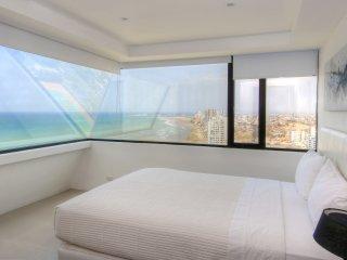 3 Bedroom  Condo - Ocean Front