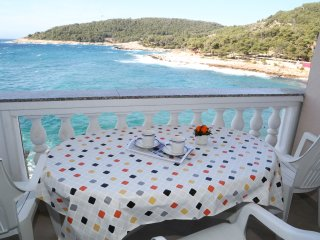 Apartment Dragica 3 - Milna(island Hvar)