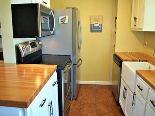 13SIV;Downstairs Condo