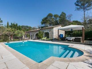 Villa de standing avec piscine a Mougins