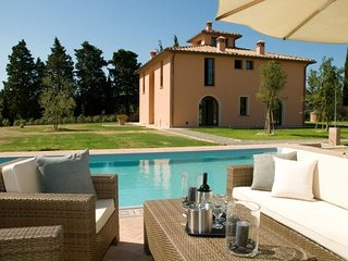 4 bedroom Villa in Peccioli, Tuscany, Italy : ref 5586268
