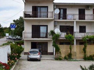 Apartment Roko - Studio Apartment with Balcony, Split