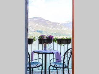 Luxury one bedroom Lake Front maisonette - Lake Como, Lezzeno