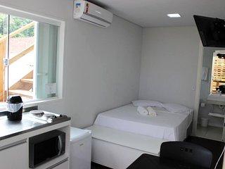 Studios Kuta - acomodacoes ecologicas em Camburi
