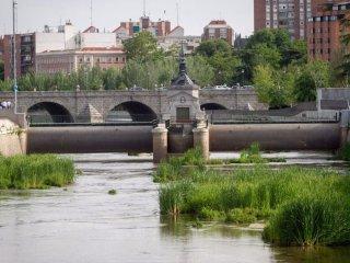 ALQUILER VACACIONAL PISO MODERNO EN EL CENTRO DE MADRID DESDE 67€ NOCHE