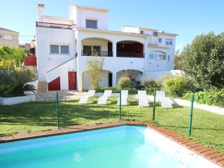NEWLY REFURBHISED - Villa Serra with private pool and lovely garden close to sea