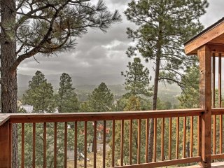 New! 4BR Ruidoso Cabin w/ Hot Tub & Mountain Views