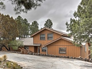 Ruidoso Retreat w/ Private Hot Tub & Amazing Views