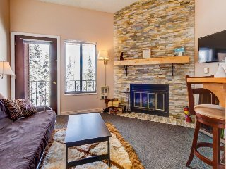 Mountain views await from this cozy chalet w/ shared pool & hot tub, Brian Head