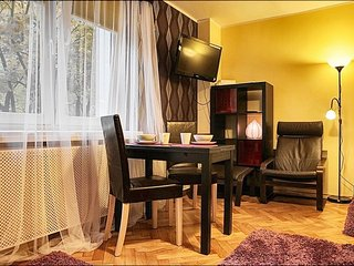 Sienna apartment in Nowe Miasto with WiFi., Varsovia