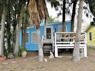 Gulf Street Cottage ~ RA143893, Port Aransas