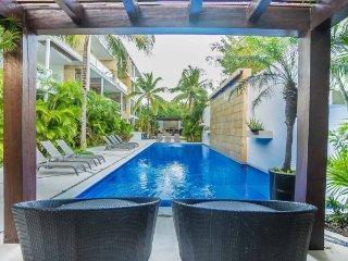 Oasis 12-Boutique 1 Bedroom in the heart of Playa del Carmen ~ RA143763
