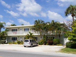 Palm Cay 5 ~ RA144564