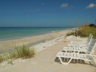 Beach House Resort 10