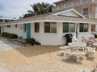Jukes Beach House ~ RA144569