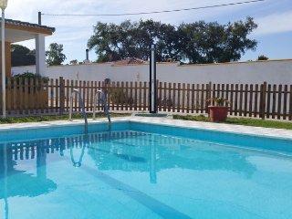 Chalet Rural  4 dormitorios con piscina