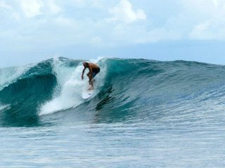 Telo Island surf house, the Telos number one affordable budget surf accomodation