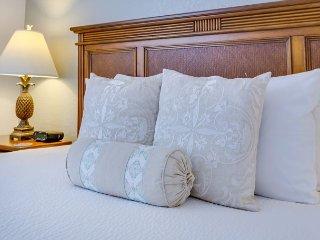 Luxurious Condo At Vista Cay Resort Sleeps 8 Next To Convention Center