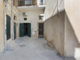 826 Studio Apartment in B&B in the Old Town Centre of Lecce
