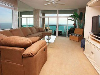 Laguna Keyes Penthouse 2 ~ RA136078