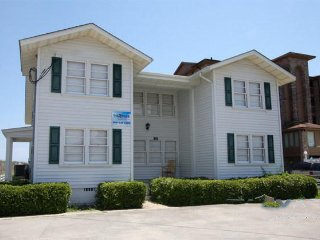 Knollwood Downstairs Villa ~ RA136096, North Myrtle Beach