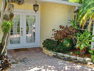 Garden Home ~ RA144523