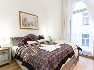 5 bedroom, 5 bathroom apartment with the garage Glamour Excellent D, Prague
