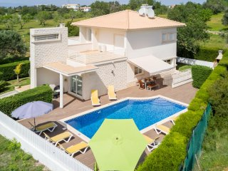 UP TO 35% OFF TOPO Superb modern villa w/ pool and sea view, games room,AC,WiFi