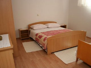 Apartment Raos II (Trogir and ciovo island)