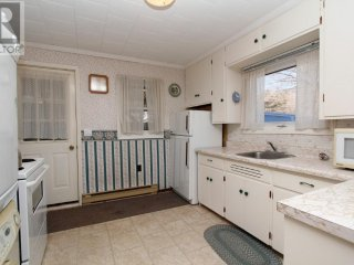 Magpie's Nest Cottage-READY FOR RENTING JUNE 11TH, Lion's Head