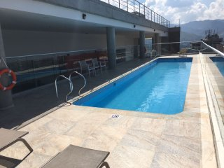 Soul 803 Luxury 1BR Roof Swimming Pool