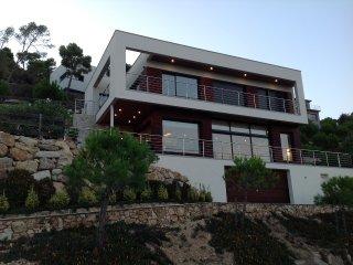 Villa moderna de lujo, vistas al mar, 9 personas, Sant Feliu de Guixols