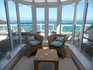 Spectacular Penthouse Apartment In Carbis Bay Boasting Fabulous Sea Views