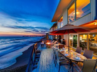 Private Beachfront Property! Ocean & Sunset views from Patio, Steps to Sand!