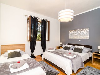 Apartment Eulalija- One-Bedroom Apartment, Dubrovnik