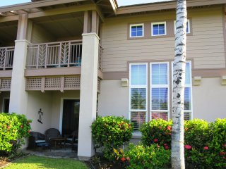 RELAXING, COMFORTABLE ISLAND HOME ON THE GOLF COURSE-WCV303, Waikoloa