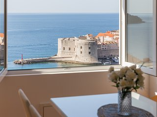 Apartments Dalmatin - Two-Bedroom Apartment with Sea View