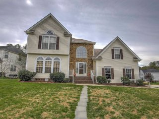 New! Peaceful 4BR Morrisville House w/Deck