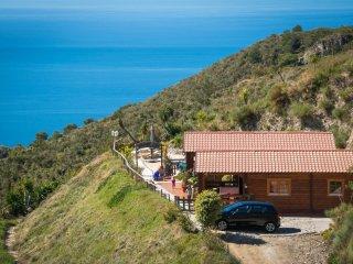 Idyllisch gelegenes Holzhaus mit traumhaften Meerblick  Casa Mariposa