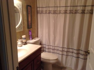 Quite country bedroom and bathroom, Loxahatchee