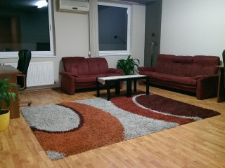 Central Apartment Near Avram Iancu Square, Cluj-Napoca
