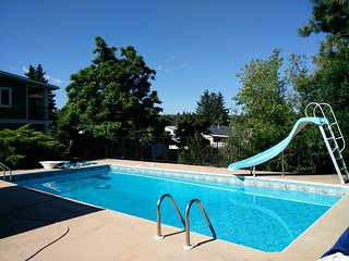 Kelowna Vacation Rental--April Special 2BDRM Suite, Only $85.00 Private Entry