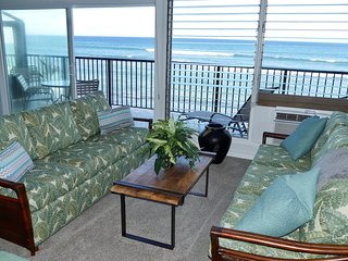 MAUI SANDS #4F, SPECTACULAR VIEWS, BEAUTIFULLY UPGRADED DIRECT OCEANFRONT UNIT!