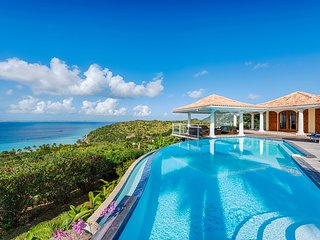 Happy Bay Villa, Sleeps 8