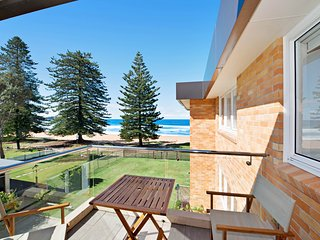 Marese 12 - Beachfront Unit