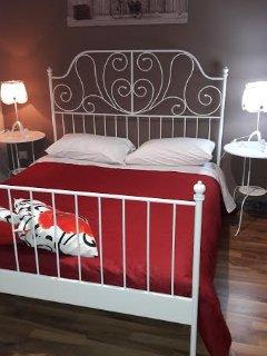 camera matrimoniale con 2 balconi