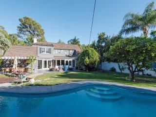 Beverly Hills Luxury Pool Retreat