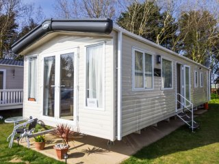 Ref SV 20002 Broadlands Sands 8 berth caravan Central heated and double glazed .